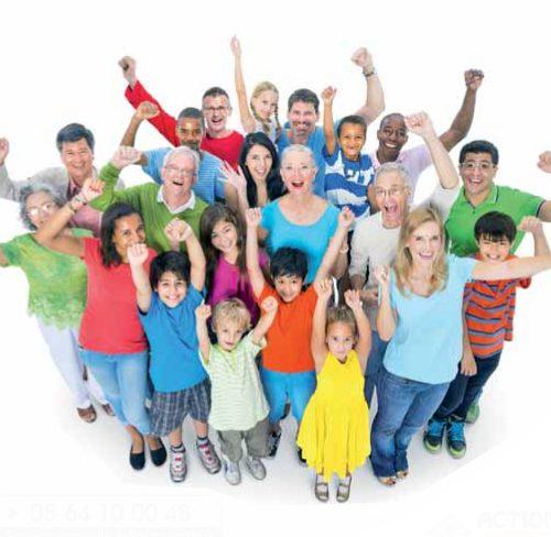 ma commune ma santé, groupe de personnes levant les bras au ciel