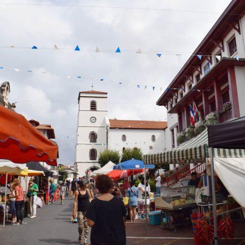 marché du Centre-ville, Place de la Republique