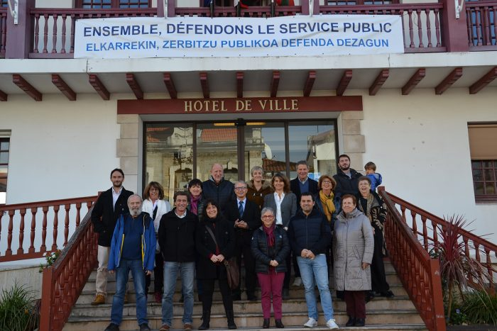 Hendaye se mobilise pour défendre le service public
