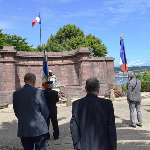 Cérémonie 18 juin - Monument